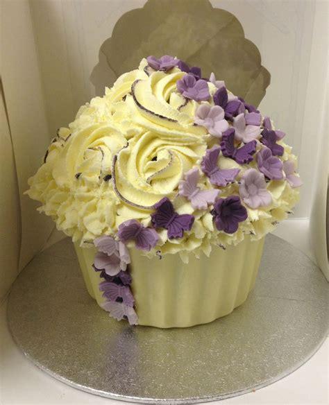 giant wedding cakes wedding giant cupcake giant cupcake cakes pinterest