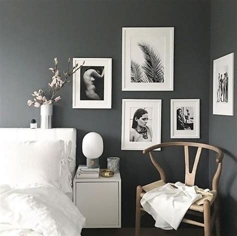 Gray Wall Bedroom Decor by Best 25 Charcoal Walls Ideas On Grey