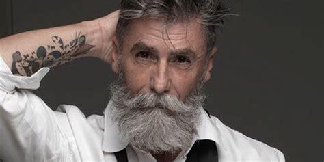 60 year old man with a brush cut 192 60 ans ce fran 231 ais est devenu mannequin et un ph 233 nom 232 ne