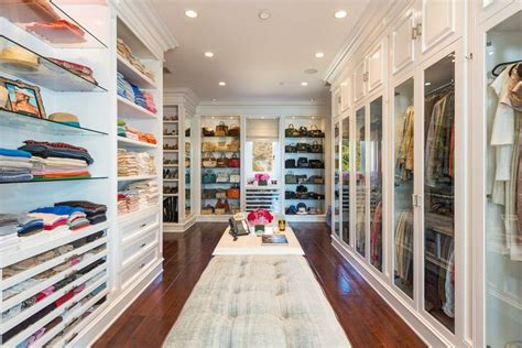 what style is interior of yolanda foster house celebrity homes tour yolanda foster s house