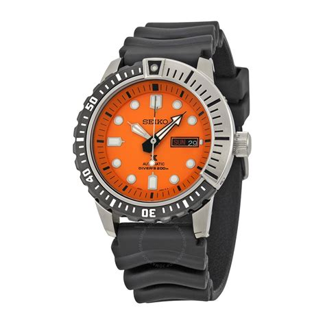 seiko dive watches seiko divers automatic black black rubber s