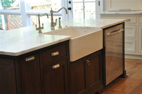 kitchen sink in island photo gallery of the great kitchen island with sink and dishwasher house pinterest