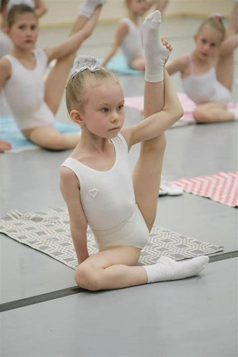 little girls ballet dancing future ballerina this may be one of my favorite photos