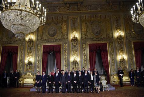 www interno governo it gentiloni giura con i ministri suo governo 232 un renzi