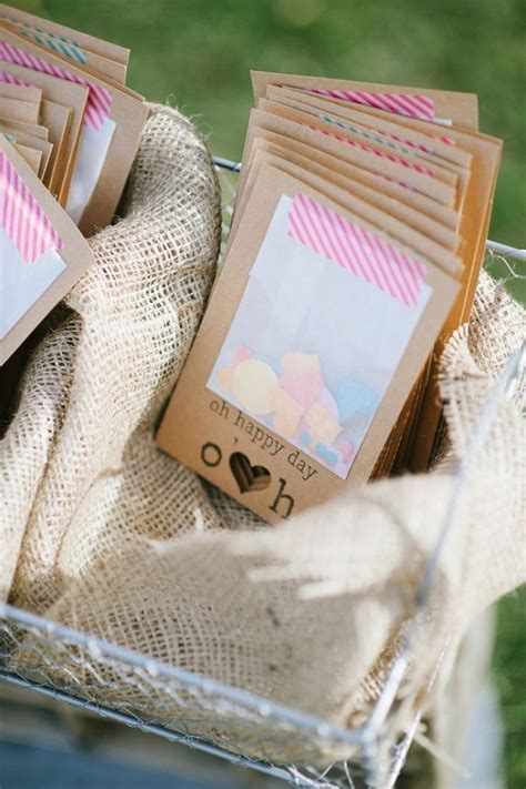 10 Best ideas about Wedding Confetti on Pinterest