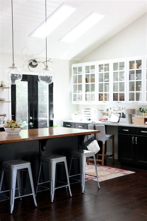One Color Fits Most Black Kitchen Cabinets White And Black Kitchen Cabinets