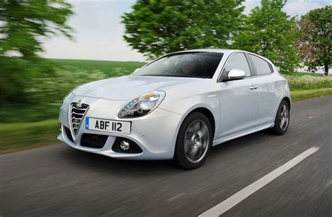 alfa romeo giulietta 2010 alfa romeo giulietta 2010 car review honest