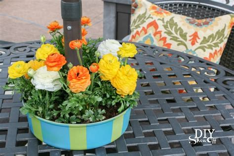 Patio Table Flower Planters by Decorating Outdoor Living Spacesdiy Show Diy