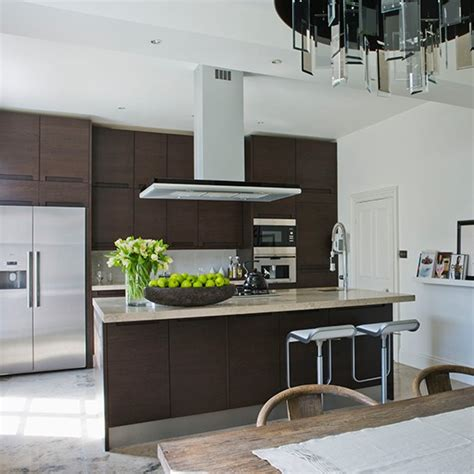 smart kitchen ideas smart kitchen cabinets that take centre stage housetohome co uk