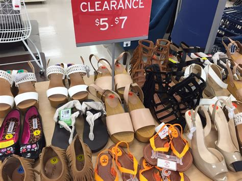 marshalls 206 photos 67 reviews department stores