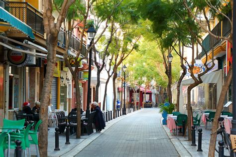 10 things to know about street market in fuengirola trip