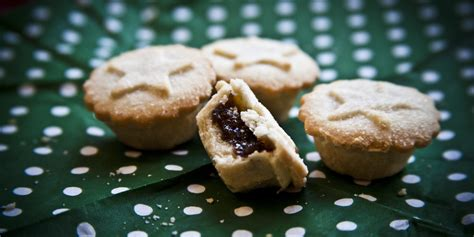 Monde Pie aldi mince pies are judged the best as they beat waitrose in the which taste test