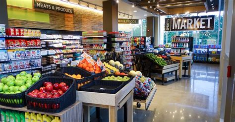 Look Chic While Grocery Shopping by Michigan State Opens Style Grocery Store Food