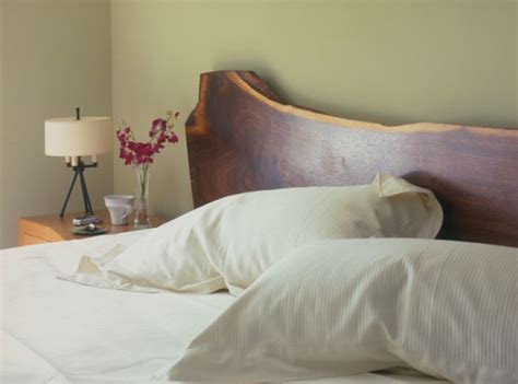 solid wood headboards 10 headboard ideas for an original bedroom interior d 233 cor