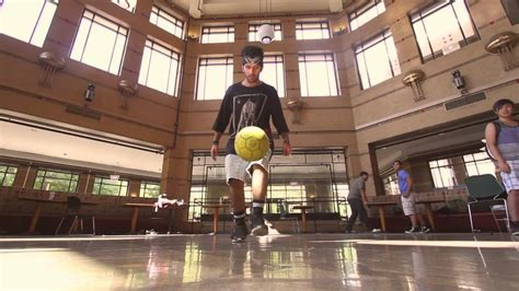 uic housing uic cus housing freestyle soccer study break youtube