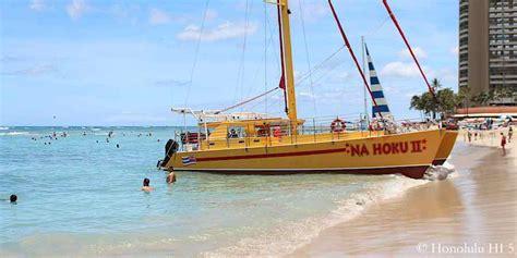 catamaran on waikiki beach waikiki beach guide to waikiki s 9 beaches
