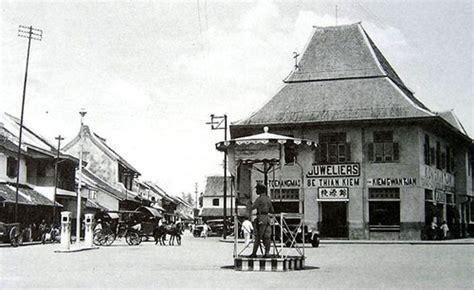 Arsitektur Dan Kota Kota Di Jawa Pada Masa Kolonial Original pasar gede perpaduan arsitektur gaya belanda dan jawa