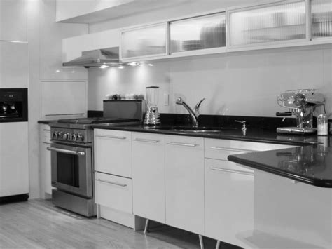 Kitchen With Black And White Cabinets Black And White Kitchen Countertops Kitchen And Decor
