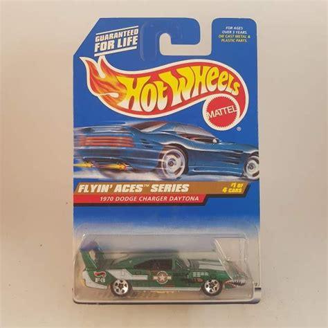 Hotwheels Four 1 Putih hotwheels 70 dodge charger daytona flyin aces series 1 4
