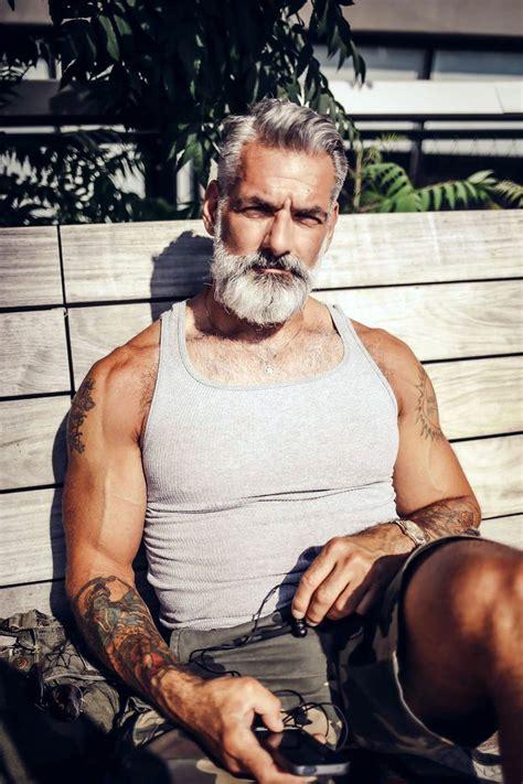 beard k o s t a s