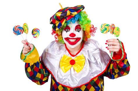 of a clown horror writer stephen king calm about clowns news