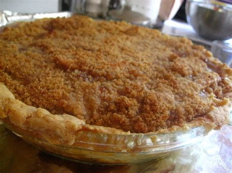 Link Apple Huckleberry Peace Pie by 52 Weeks Of Baking Pear And Apple Pie Crumble Popsugar Food