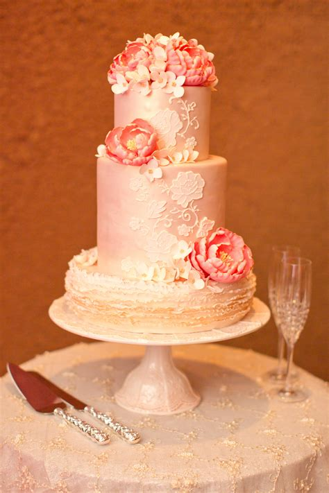 Cake Designs For Wedding Receptions by Wedding Cakes Pretty Wedding Confections With Lace
