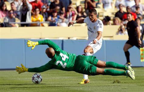 arsenal everton ronaldo 7 everton 1 2 real madrid a ronaldo goal and assist decided