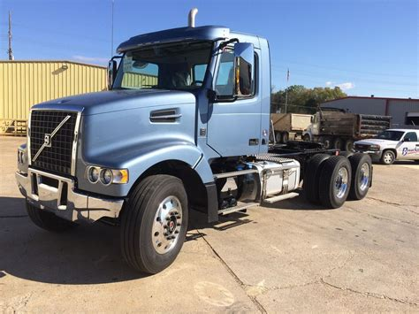 volvo vhdft  sale  trucks  buysellsearch
