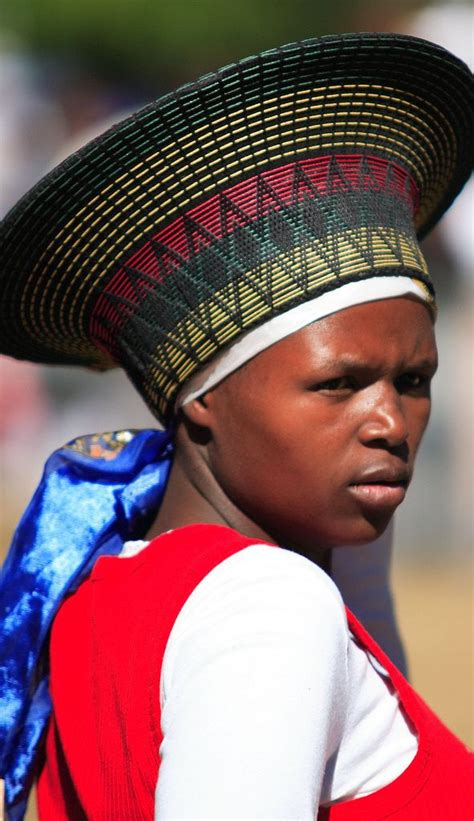 african zulu headdress 40 best zulu ladies images on pinterest african beauty