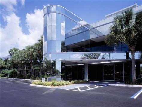 fort lauderdale office plaza sells to investment firm for