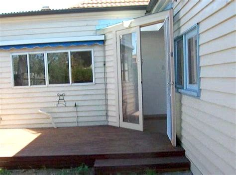 2 bedroom house for rent melbourne period 3 bedroom 2 bathroom home melbourne houses for