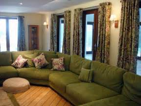 Decorating Ideas For Living Room With Green Sofa Beautiful Living Room Sets Living Room With Green Sofa
