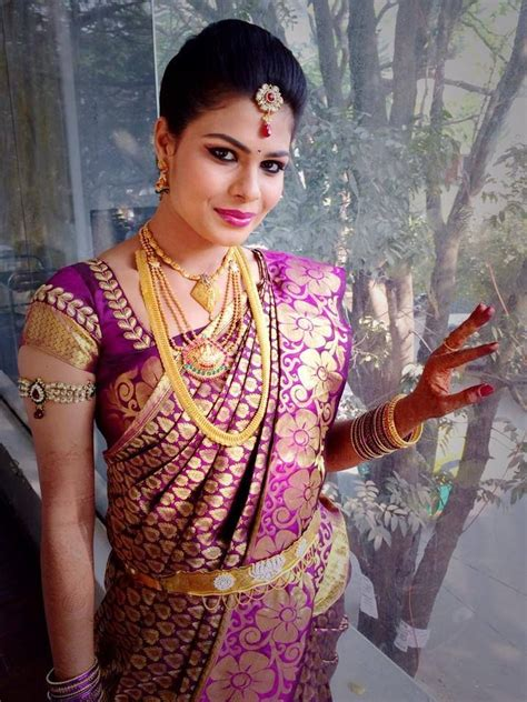 Indian Finder Traditional South Indian Wearing Bridal Saree And