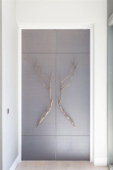 Bedroom Door Handles Wardrobe by 25 Best Ideas About Wardrobe Doors On Built