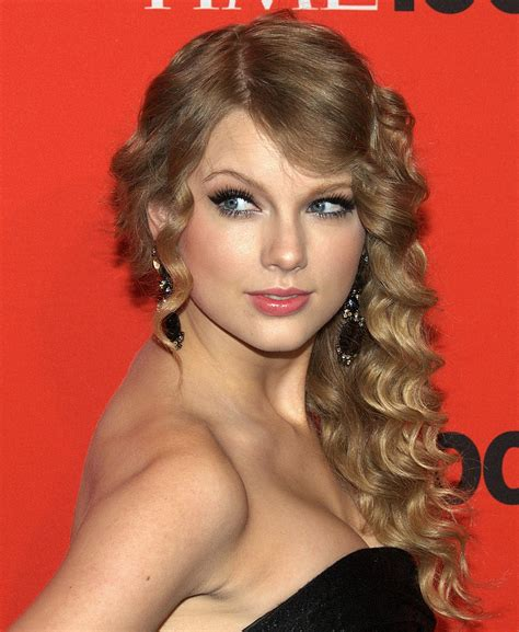 country music award wiki list of awards and nominations received by taylor swift