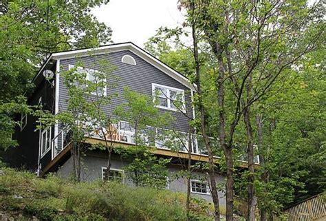Cottages For Rent In Huntsville by Muskoka Hillside Cottage Huntsville Ontario Newly