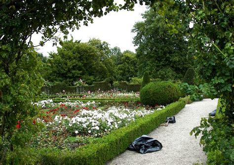 Britzer Garten Rosengarten by Fotos Britzer Garten 03 Der Berliner Rosengarten Ist
