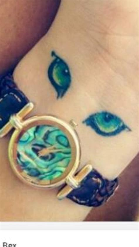 cat eyes tattoo 25 best ideas about cat eye tattoos on nose
