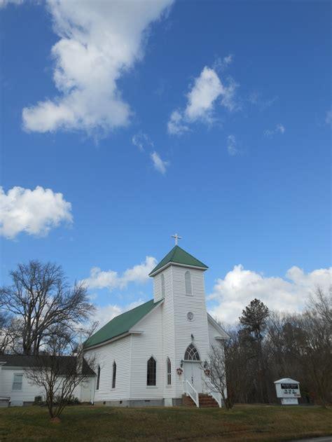 apex nc churches