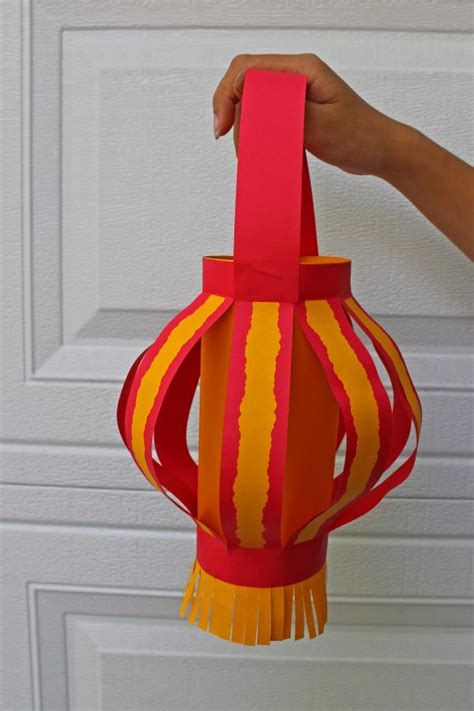Easy Paper Lanterns To Make - for unique new year paper