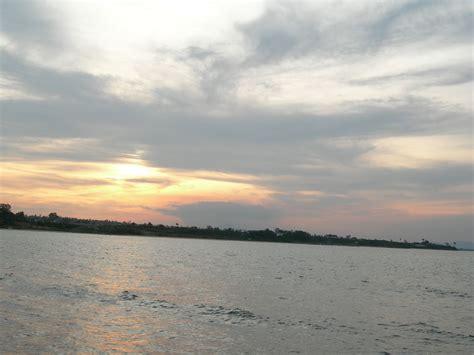 Gabin By Oleh Oleh Sowan pantai sowan tuban obyek wisata yang alami dan indah