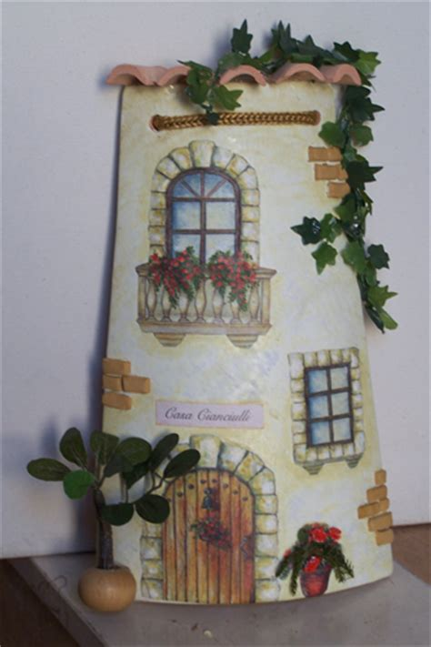 tegole decorate con decoupage igufidienza il regalo artigianale