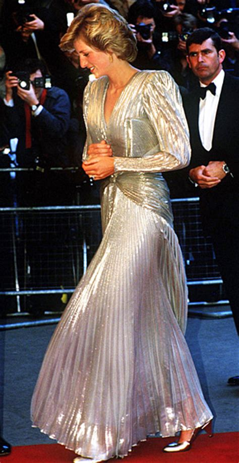 princess diana s most iconic style moments royal fans