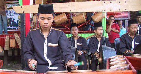 Etnik Adik abdnaddin catatan mengenai etnik bisaya