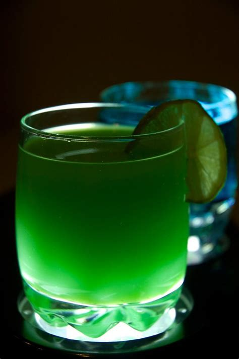 green cocktail food 4 your mood a journey to the gastronomy universe a