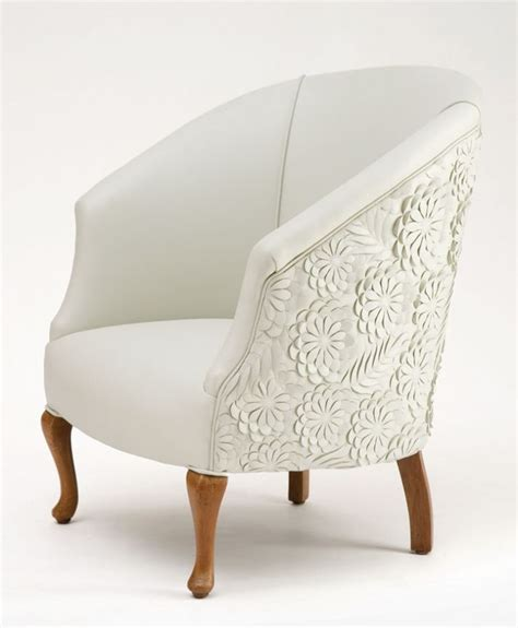 White Fabric Chair by 17 Best Ideas About White Chairs On Oak Table
