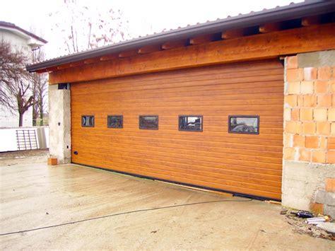 porta sezionale garage foto porta sezionale per garage largh 6800 x h 2400 di