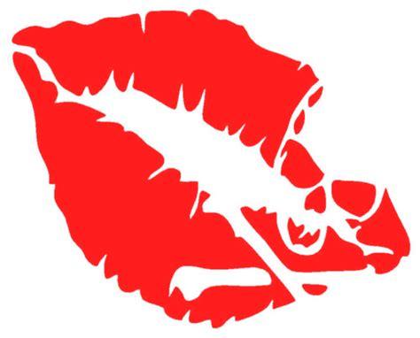 red lip skull crossbones pirate symbol art vinyl diy
