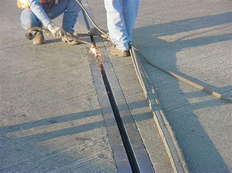 Repour Garage Floor by Belzona Reduces Downtime For Concrete Bridge Expansion